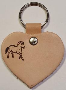 Schlüsselanhänger Lederherz 5X5cm Ponykopf